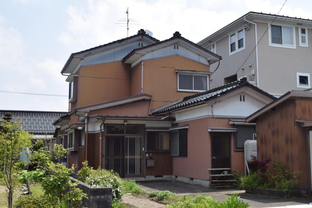 富山市向新庄 中古住宅写真