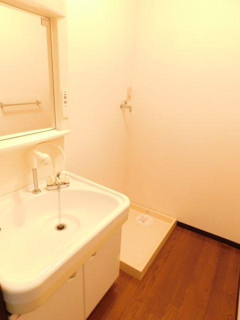 フラワービレッジ1 104号室写真