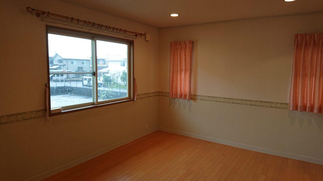 富山市珠泉西町中古住宅写真