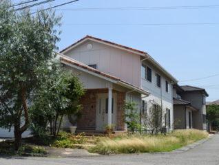 富山市珠泉西町中古住宅 サムネイル