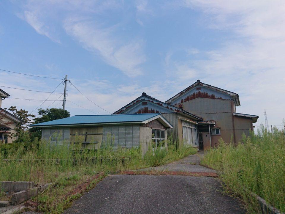 黒部市沓掛中古住宅写真