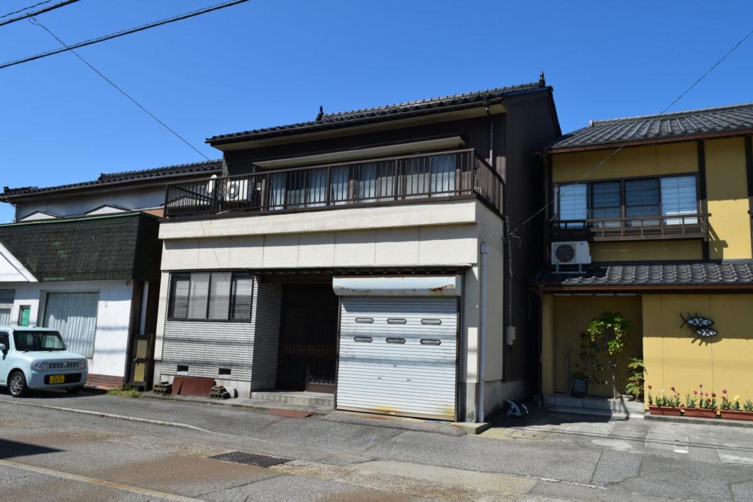 射水市戸破(さくら町)中古住宅写真